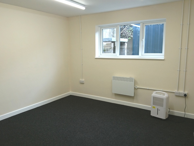 Office to rent in blandford 5