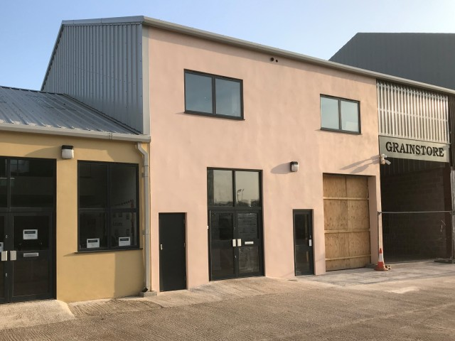 Blandford Workshop to rent M2-M4 Ground Floor